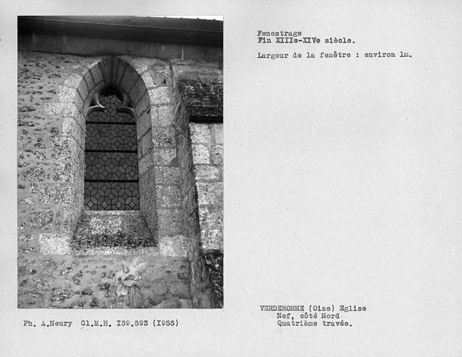 Fenestrage de la nef, côté nord, quatrième travée