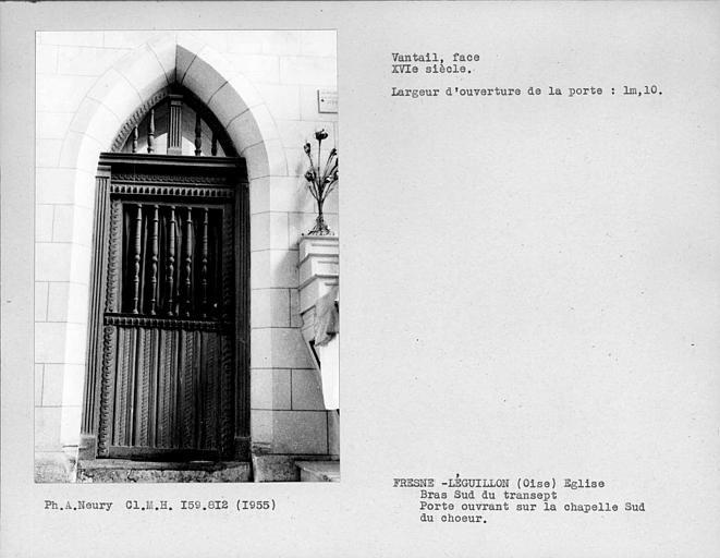 Bras sud du transept, mur est, face du vantail de porte ouvrant sur une chapelle au sud du choeur