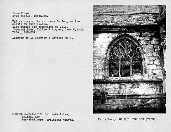 Fenestrage restauré du bas-côté nord de la nef, fenêtre de la troisième travée