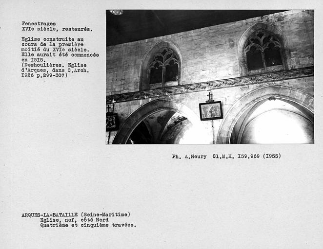 Fenestrages restaurés de la nef, côté nord , quatrième et cinquième travées