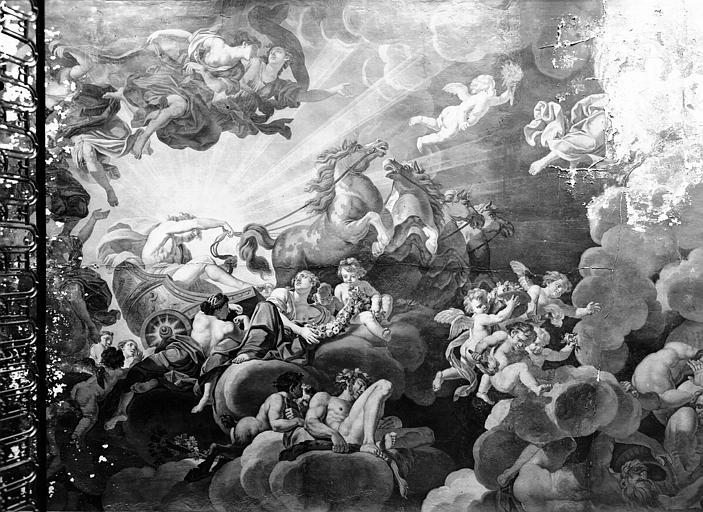 Cage d'escalier : plafond en plâtre peint, époque Louis XVI