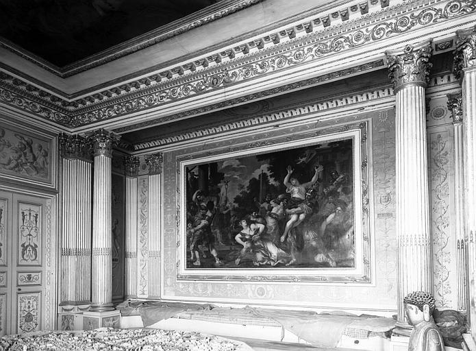 Rez-de-chaussée, grand salon Doré : ensemble vers l'alcôve, époque Louis XVI
