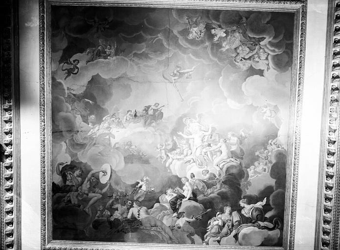 Rez-de-chaussée, grand salon Doré : plafond en plâtre peint, époque Louis XVI