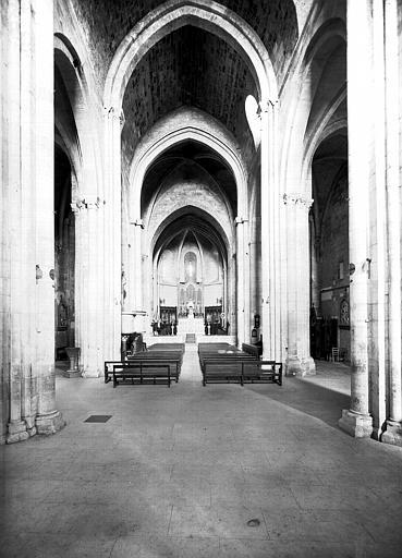 Eglise inférieure, nef : ensemble vers l'est