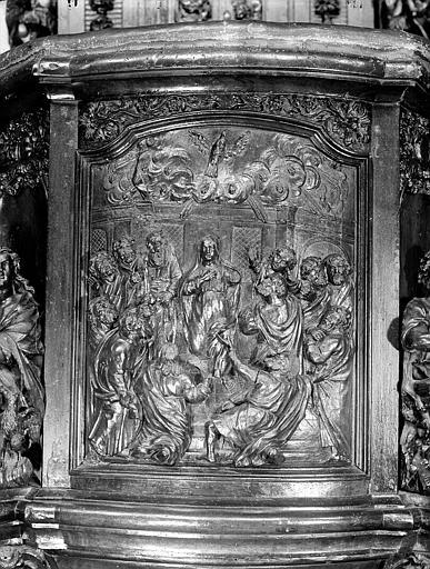 Chaire à prêcher en bois : panneau central de la cuve
