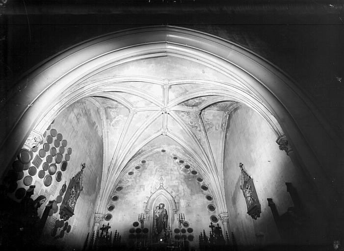 Deuxième chapelle latérale sud : voûte, lierres et tiercerons