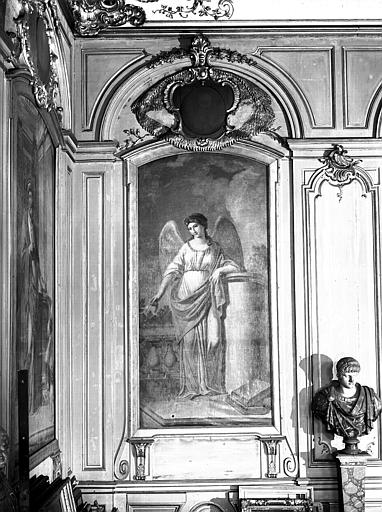 Grand salon, peinture murale : femme ou ange