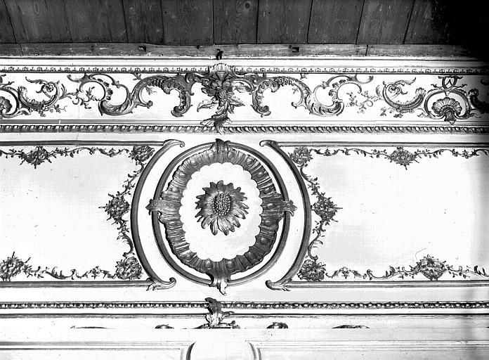 Chambre du Dais : décoration intérieure du dais, lambris