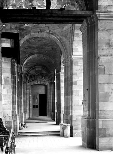 Galerie de la cour intérieure