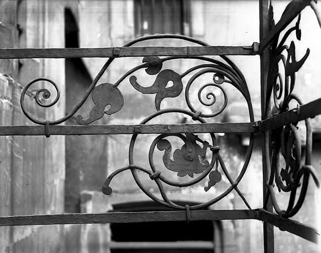 Motif de la grille du balcon