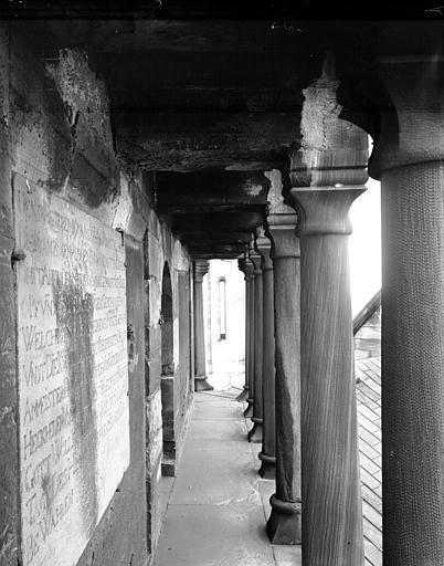 Carré du transept : galerie extérieure de la coupole