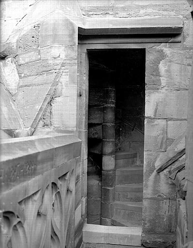 Départ de l'escalier à vis