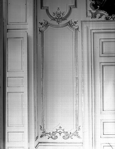 Grande salle du premier étage : détail d'un panneau du mur