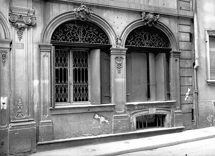 Fenêtres du rez-de-chaussée