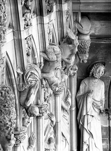 Tour sud, Galerie des Apôtres : quatre gargouilles