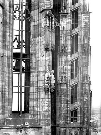 Plateforme : partie droite de la tour nord
