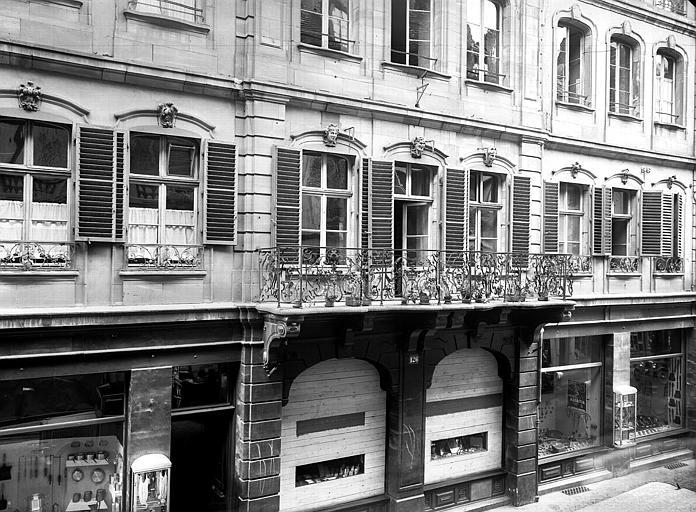 Premier étage et balcon