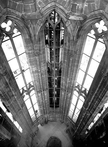 Vue intérieure du deuxième étage de la flèche