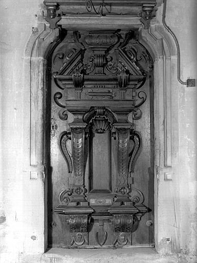 Porte sculptée, intérieur