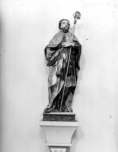 Statue d'Evêque