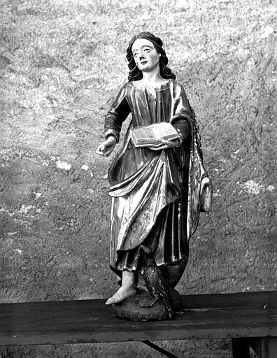 Statue de saint Jean, face