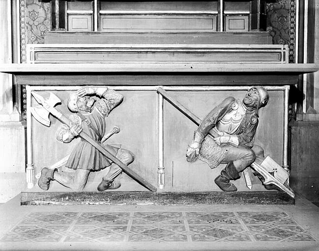 Panneau de bois sculpté : deux guerriers