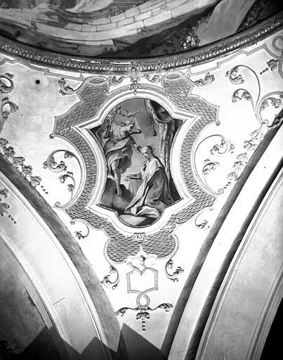 Carré du transept, peinture d'un pendentif de la coupole : Annonciation