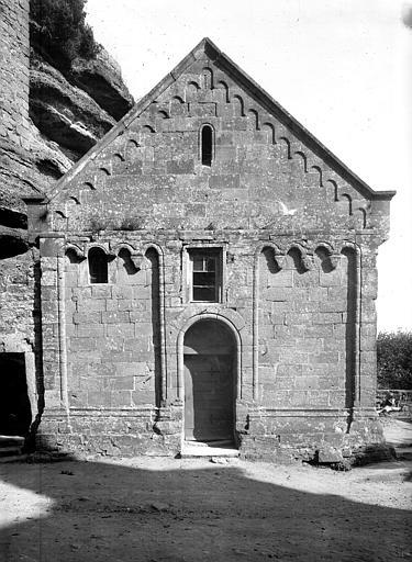 Ruines du château de Hohbarr ou Haut-Barr