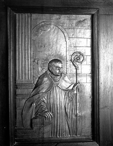 Bas-relief des stalles : saint Martin