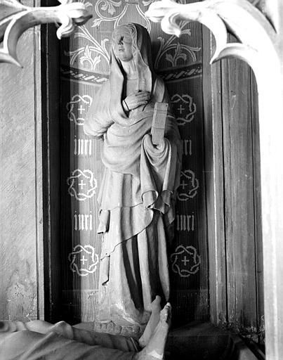 Bas-relief de la Mise au Tombeau ou Saint-Sépulcre : sainte Femme