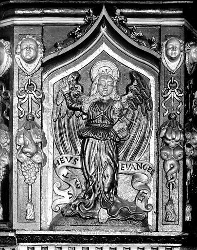 Panneau de chaire : l'ange de saint Matthieu