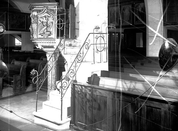 Grille d'escalier de la chaire