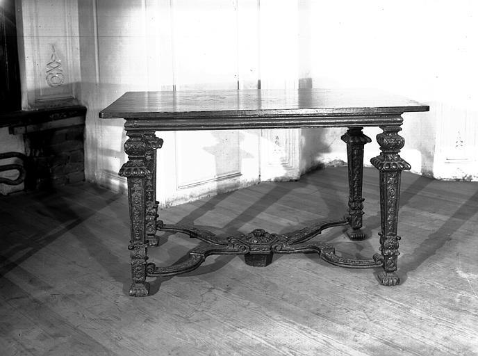 Table Louis XIV
