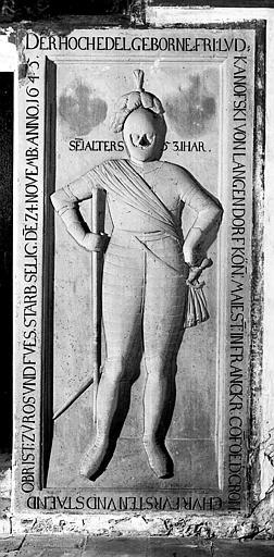 Pierre tombale de Von Langendorf