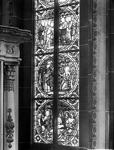 Vitrail de l'abside : Résurrection du Christ, apparition à la Madeleine, Incrédulité de saint Thomas