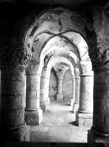 Crypte, ensemble de la nef, vers l'est