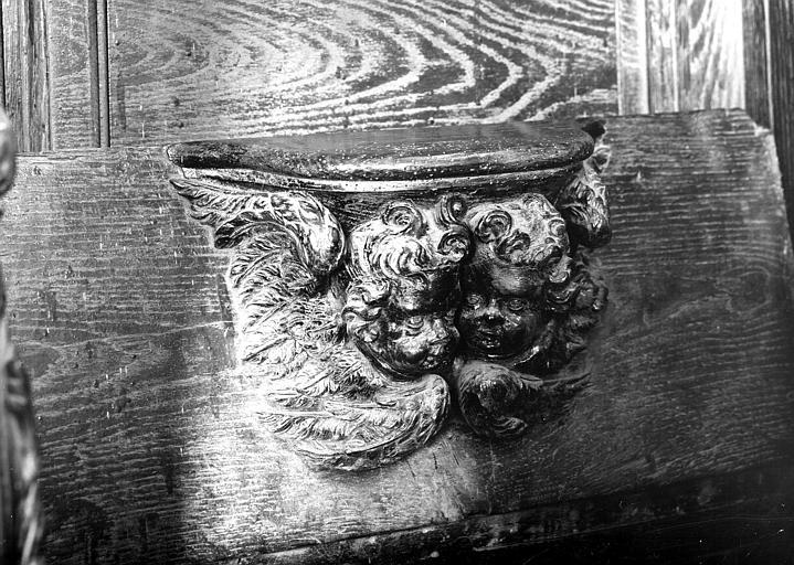Miséricorde de stalle : têtes d'anges