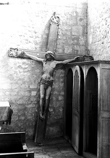 Croix d'une poutre de gloire : Christ en croix