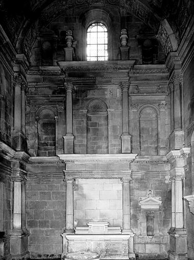 Chapelle d'Amoncourt : mur est