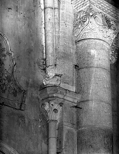 Choeur : colonnettes, côté nord-est