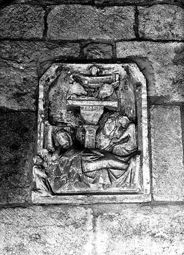 Bas-relief : la Nativité
