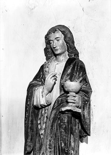 statue : saint Jean l'Evangéliste, détail