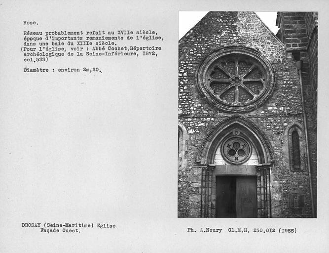 Rose de la façade ouest, réseau probablement refait au 17e siècle, époque d'importants remaniements de l'église dans une baie du XIIIe siècle