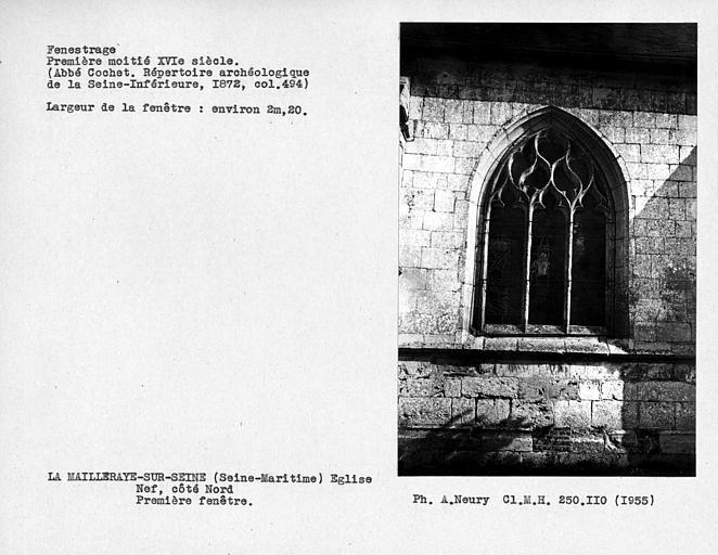 Fenestrage de la nef, première fenêtre côté nord
