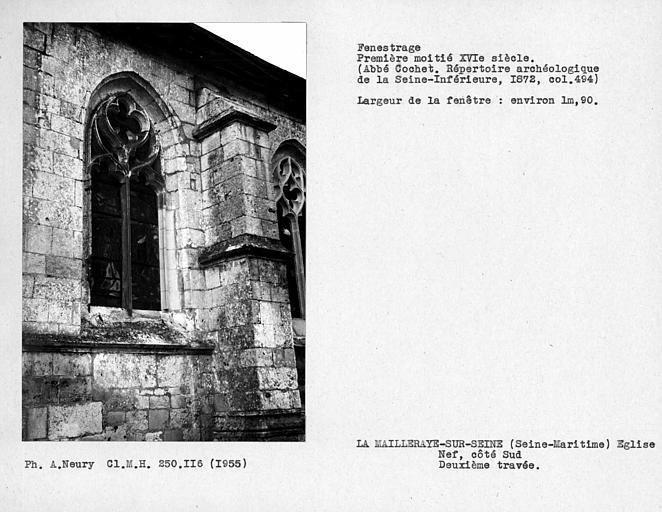 Fenêtre de la nef, côté sud, deuxième travée
