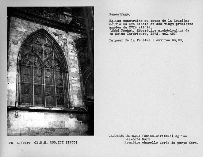 Fenestrage du bas-côté nord, fenêtre de la première chapelle après la porte nord