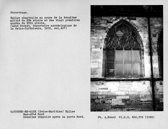 Fenestrage du bas-côté nord, fenêtre de la deuxième chapelle après la porte nord