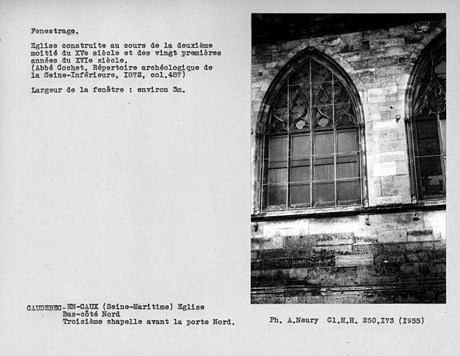 Fenestrage du bas-côté nord, fenêtre de la troisième chapelle après la porte nord