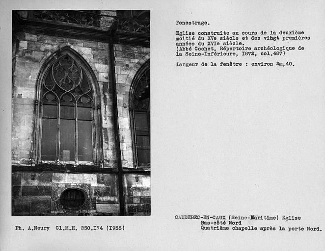 Fenestrage du bas-côté nord, fenêtre de la quatrième chapelle après la porte nord
