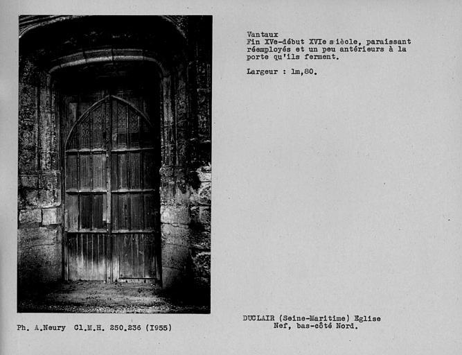 Vantail de porte du bas-côté nord de la nef